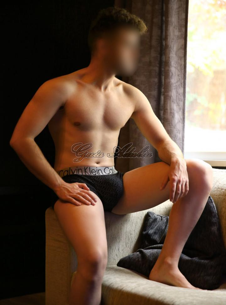 Gigolo Boy Escort Eliot Madrid foto 5
